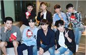 專訪EXO:義氣少年互捧互逗 伯賢模仿成員引爆笑